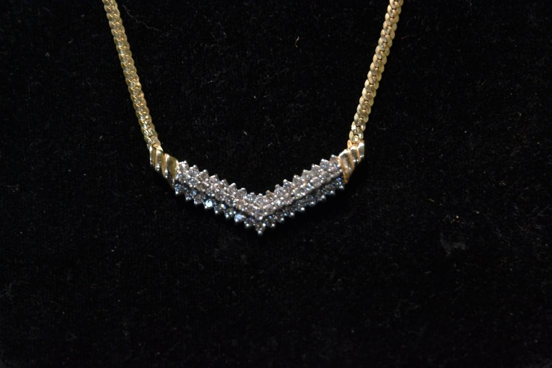 14kt GOLD NECKLACE WITH 3 ROWS OF DIAMONDS - 7