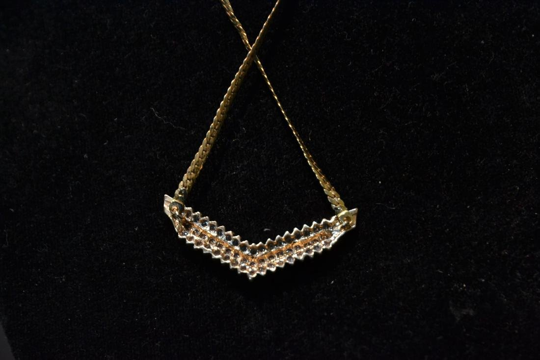14kt GOLD NECKLACE WITH 3 ROWS OF DIAMONDS - 8