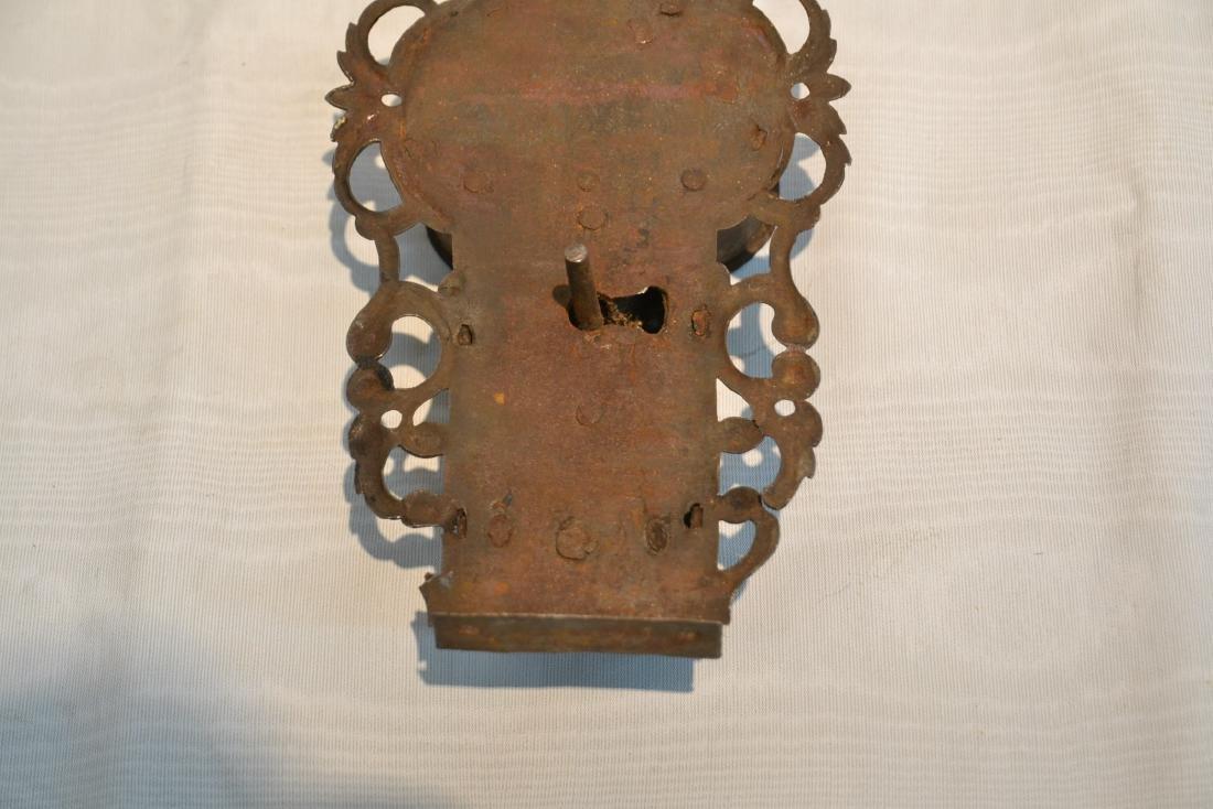 18thC ENGRAVED DOOR LOCK - 4