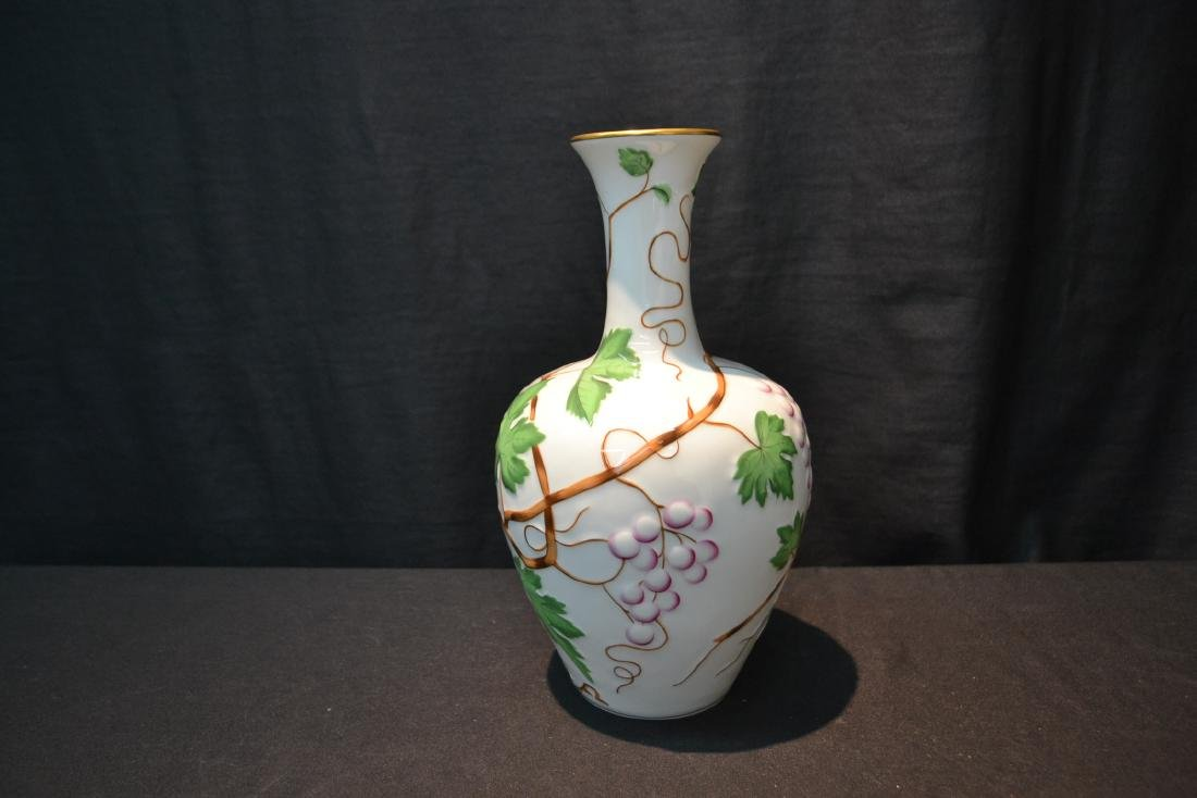 HEREND PORCELAIN VASE WITH RAISED RELEIF - 6