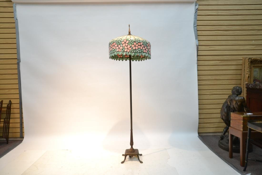 LEADED GLASS SHADE FLOOR LAMP WITH FLORAL BORDER - 2