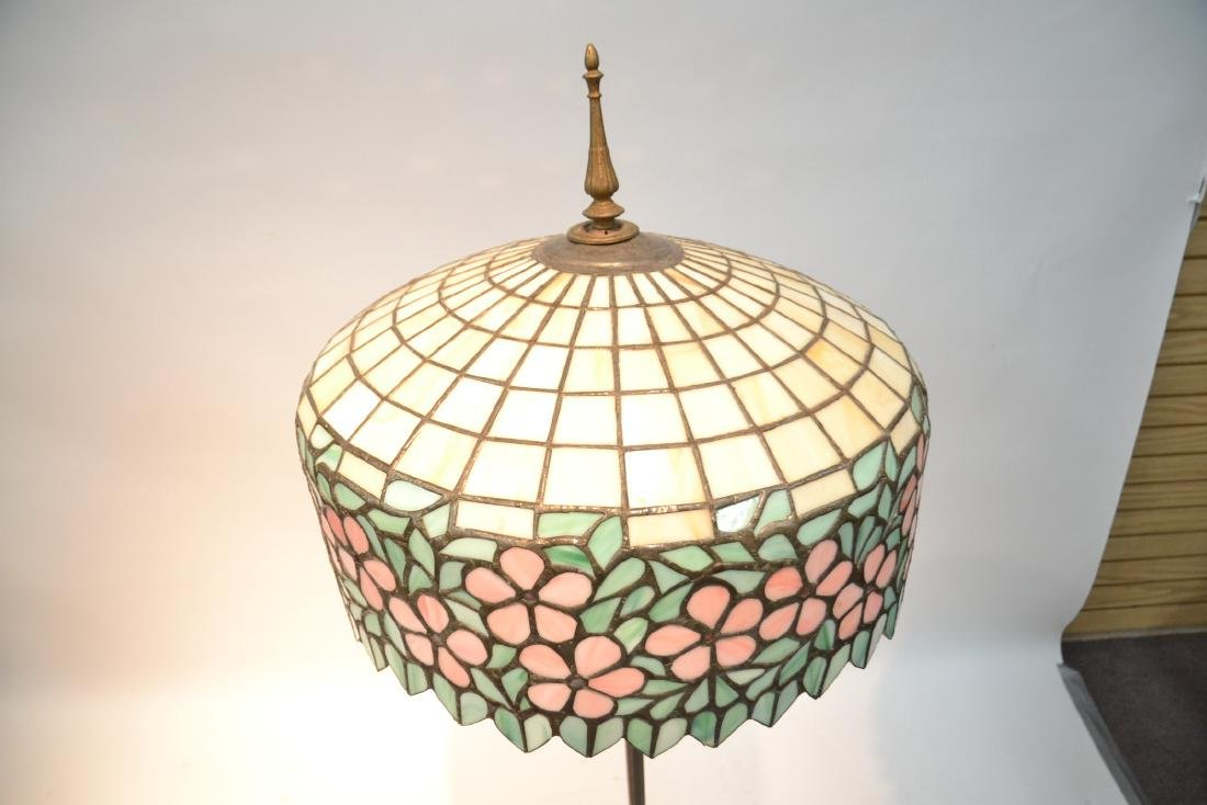 LEADED GLASS SHADE FLOOR LAMP WITH FLORAL BORDER - 6