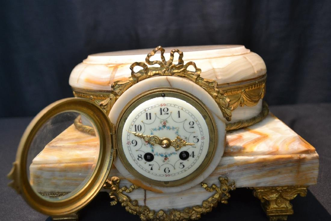FRENCH ONYX CLOCK PLATEAU WITH BRONZE MOUNTS - 3