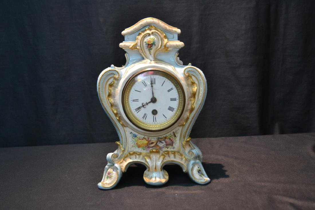 PORCELAIN CLOCK WITH FLOWERS - 2