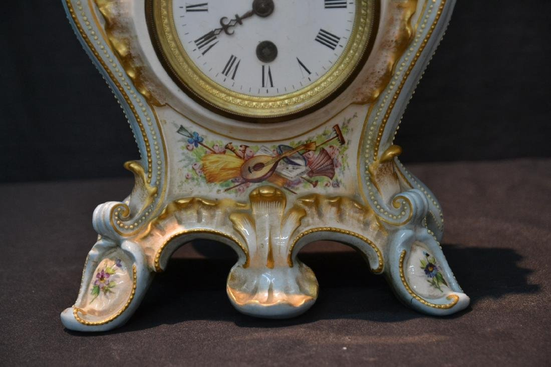 PORCELAIN CLOCK WITH FLOWERS - 3