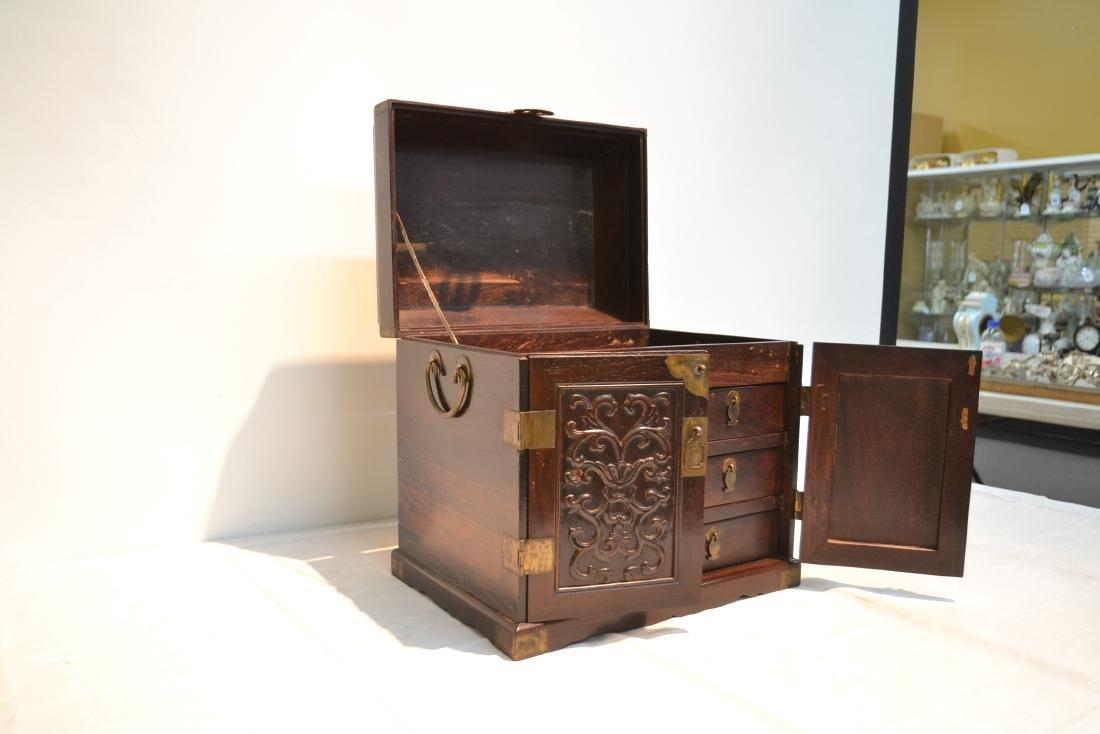 CHINESE ROSEWOOD JEWELRY BOX - 3