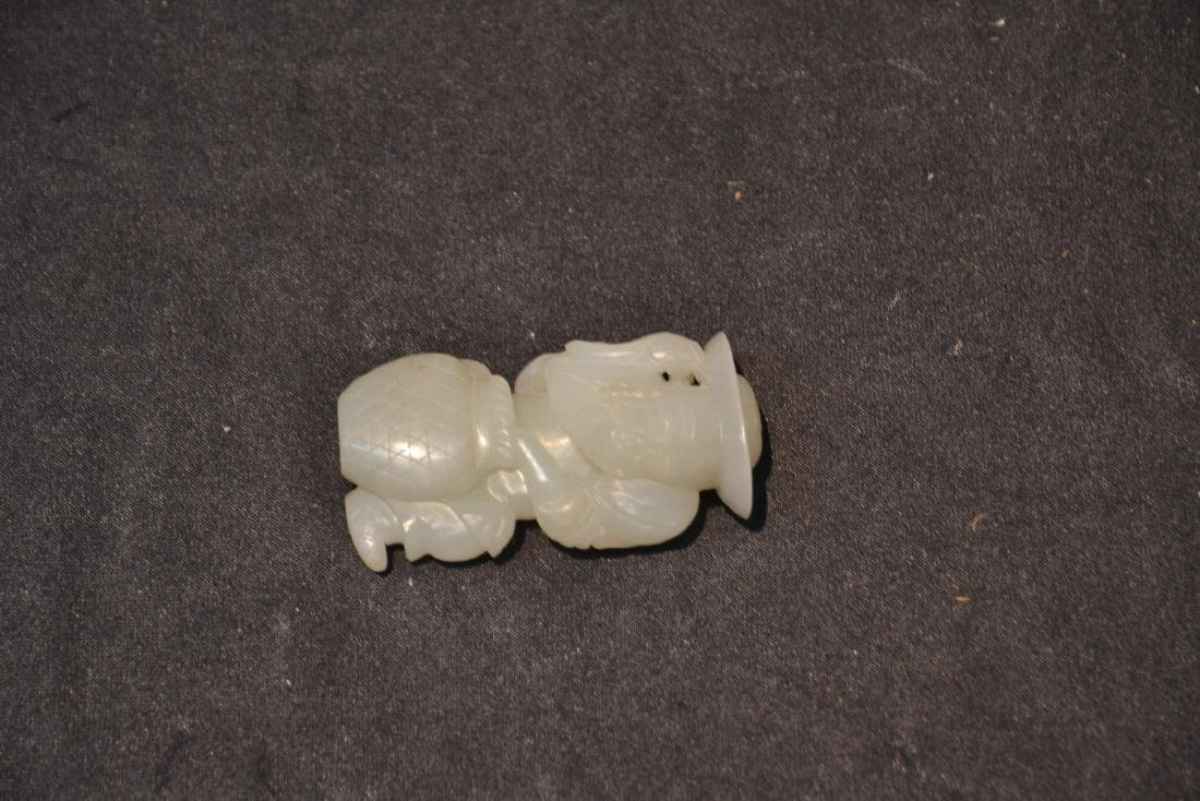 CARVED JADE CHINESE MAN FIGURE - 3