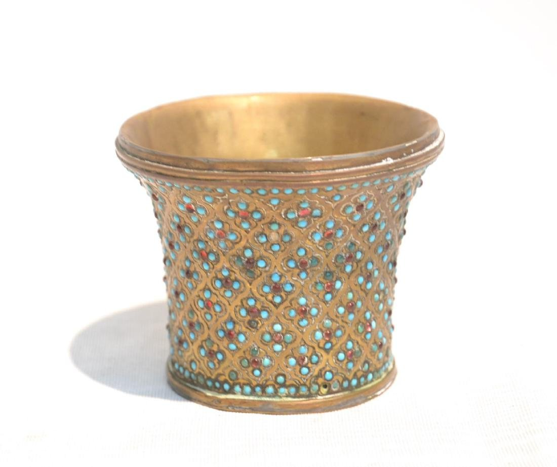 PERSIAN VASE WITH TURQUOISE JEWELS