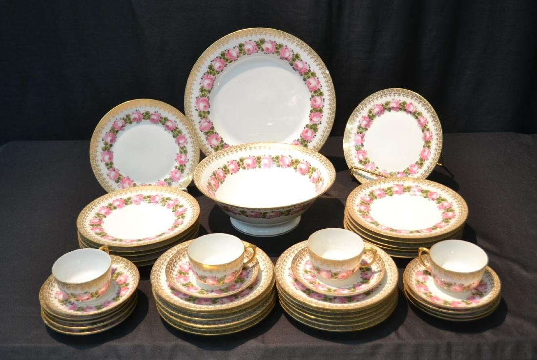 (41)pc D & C LIMOGES CHINA SERVICE WITH FLOWERS