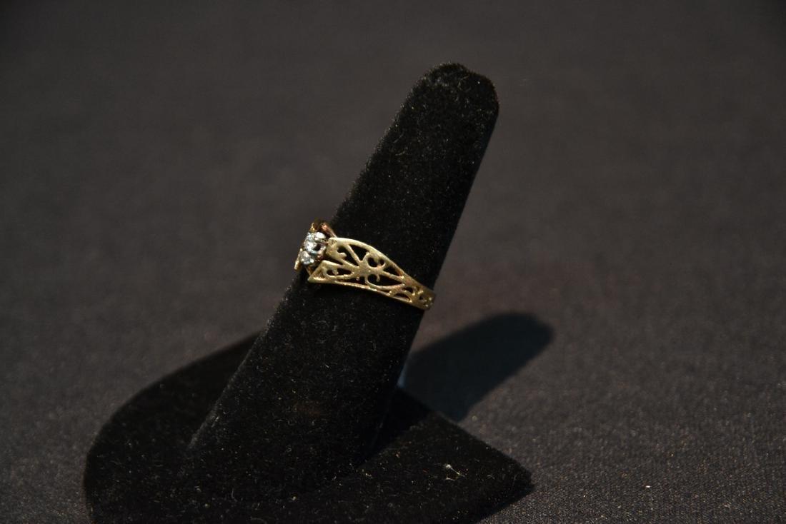 14kt (2) DIAMOND FILIGREE RING - SIZE 7 - 2