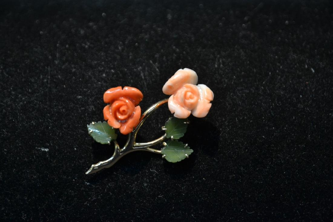14kt CORAL & JADE FLOWER PIN - BROOCH - 8