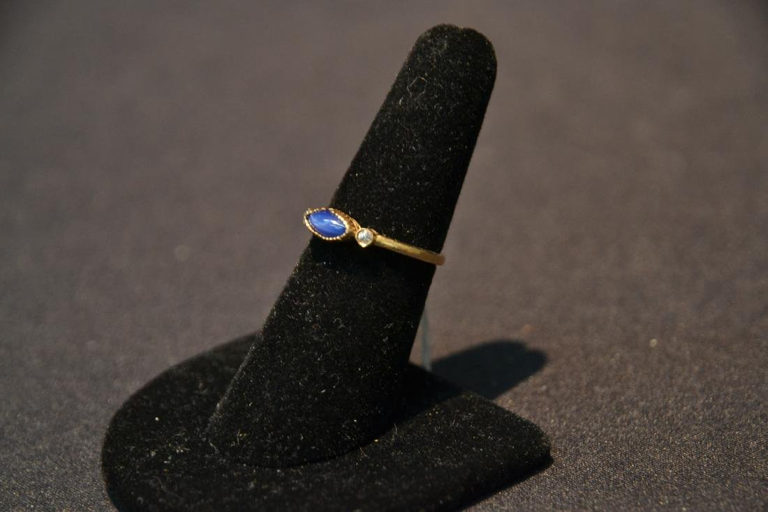 14kt GOLD STAR SAPPHIRE RING WITH (2) DIAMONDS - 4
