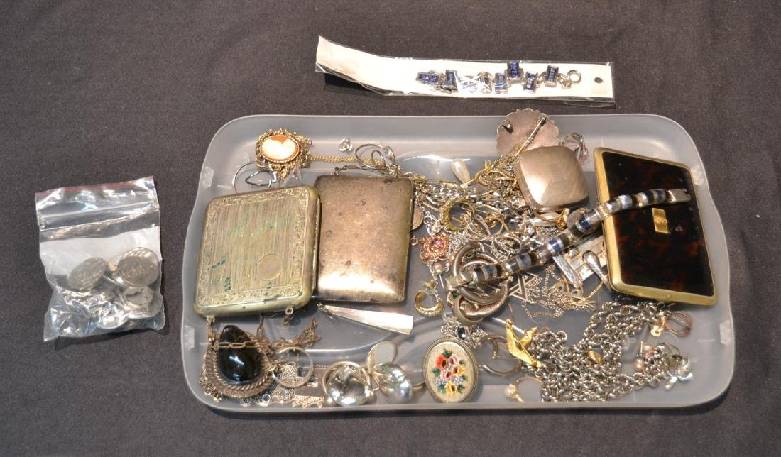 ASSORTED COMPACTS , EARRINGS , RINGS & NECKLACES