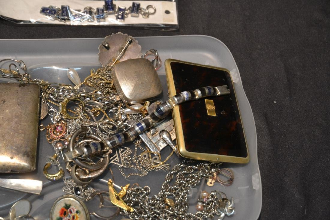 ASSORTED COMPACTS , EARRINGS , RINGS & NECKLACES - 5