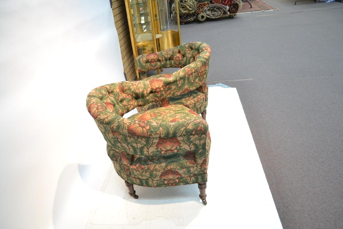 FLORAL UPHOLSTERED TETE A TETE - 4