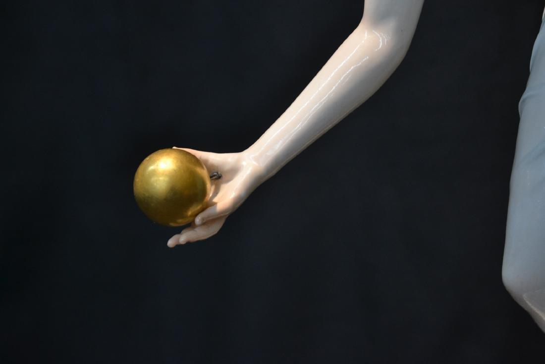 MEISSEN PORCELAIN BALL THROWER FIGURE - 3