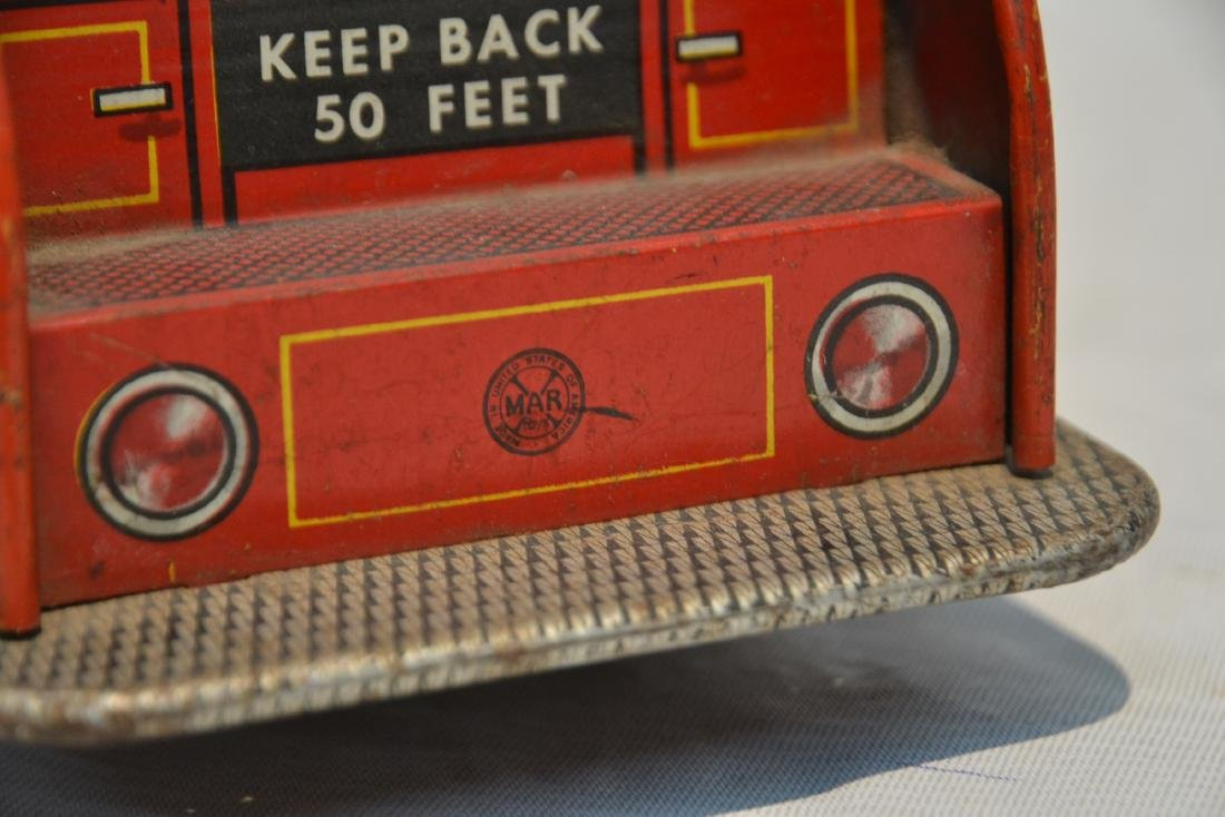 VINTAGE MARX BROS. LITHOGRAPHED TIN FIRE TRUCK - 9