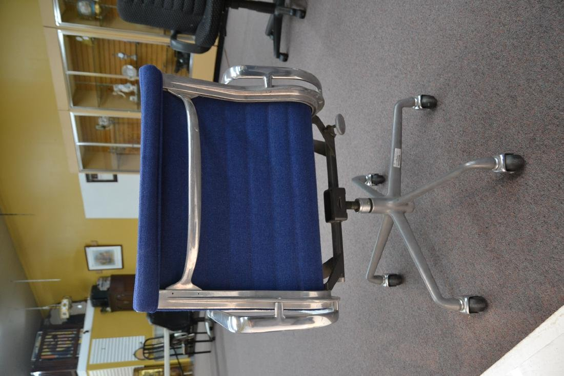 (Pr) EAMES FOR HERMAN MILLER ALUMINUM GROUP CHAIRS - 9