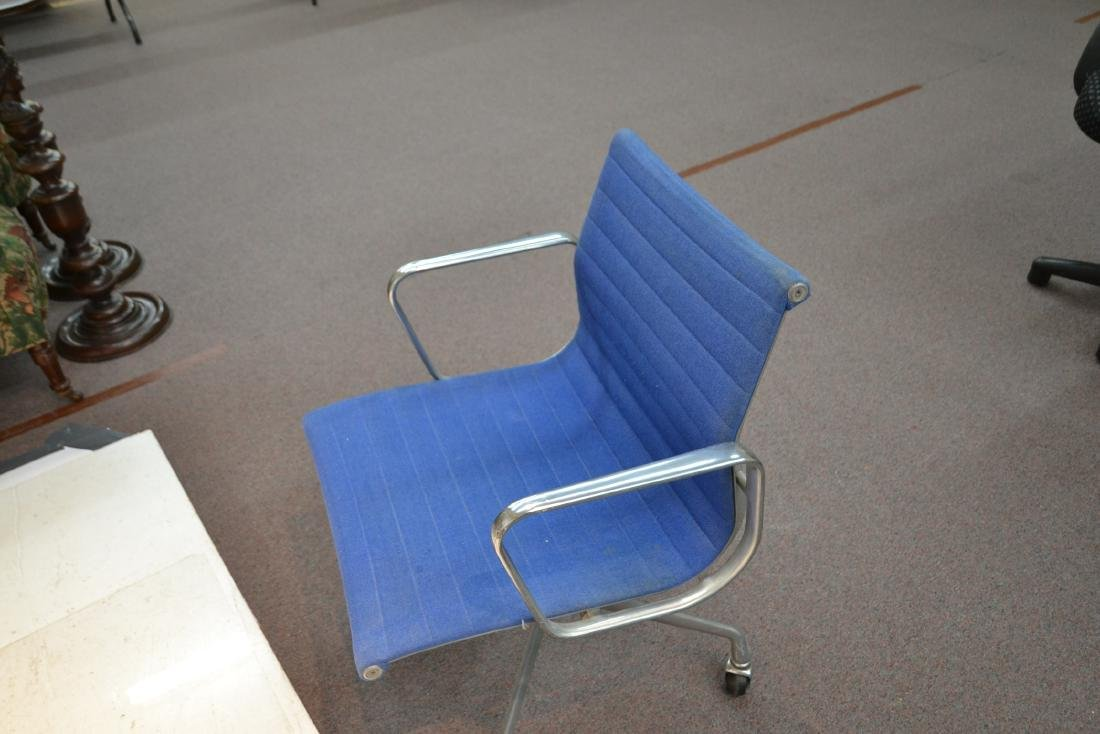 (Pr) EAMES FOR HERMAN MILLER ALUMINUM GROUP CHAIRS - 10