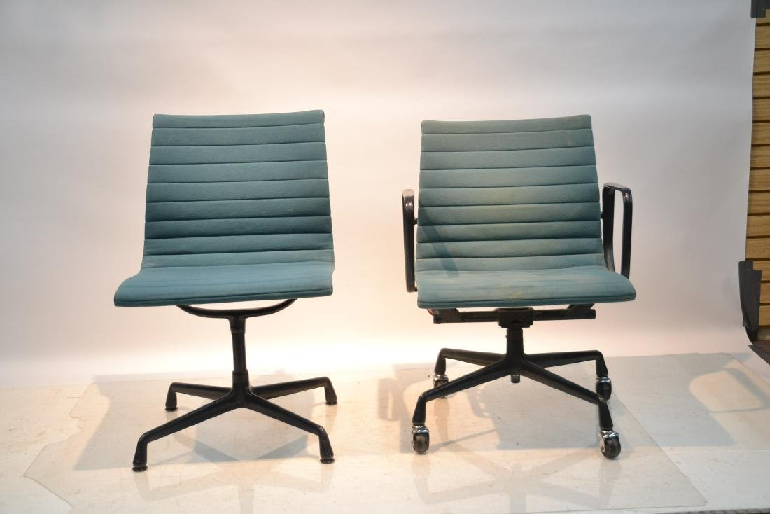 (2) EAMES FOR HERMAN MILLER ALUMINUM GROUP CHAIRS - 3