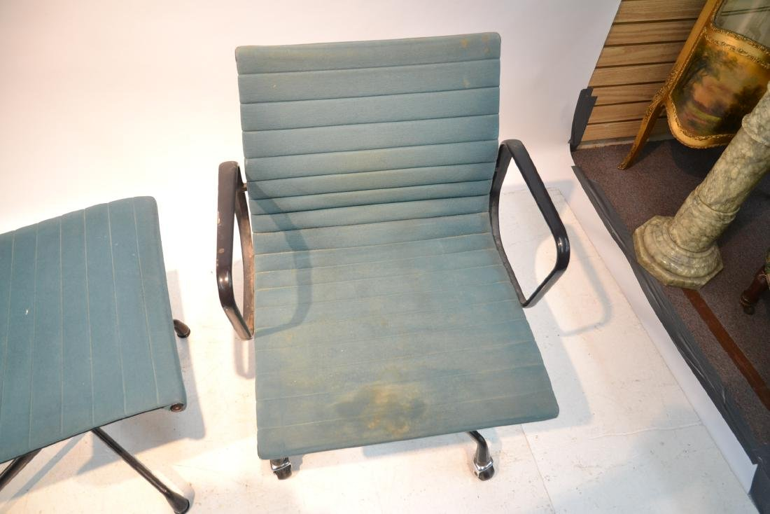 (2) EAMES FOR HERMAN MILLER ALUMINUM GROUP CHAIRS - 6