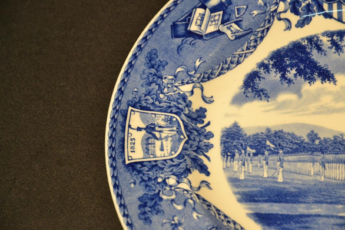 WEDGWOOD WEST POINT DRESS PARADE PLATE ; 1933 - 6
