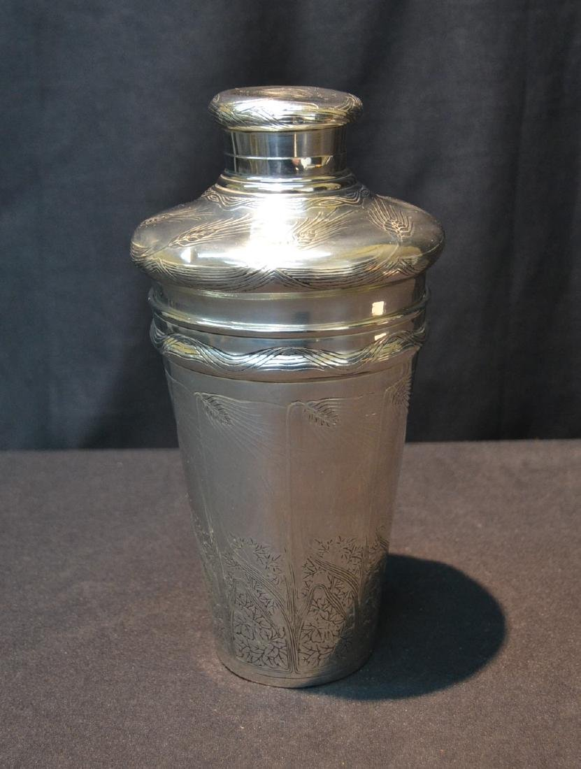 TIFFANY & Co. MAKERS STERLING COCKTAIL SHAKER