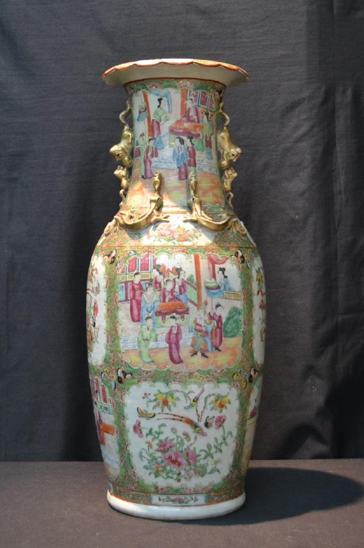 LARGE ANTIQUE ROSE MEDALLION VASE WITH
