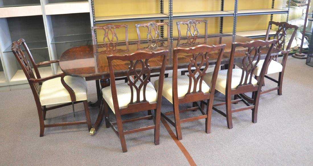 KINDEL MAHOGANY DINING ROOM TABLE & CHAIRS