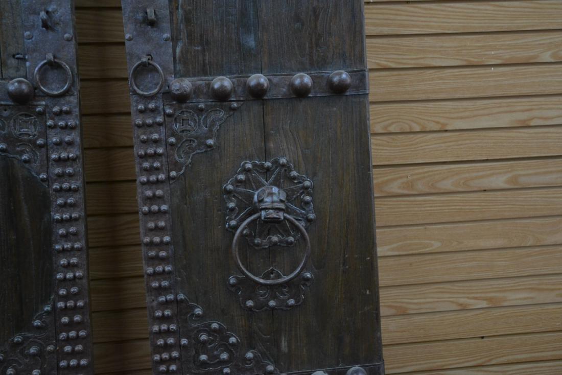 (Pr) LARGE WROUGHT IRON MOUNTED DOORS - 5