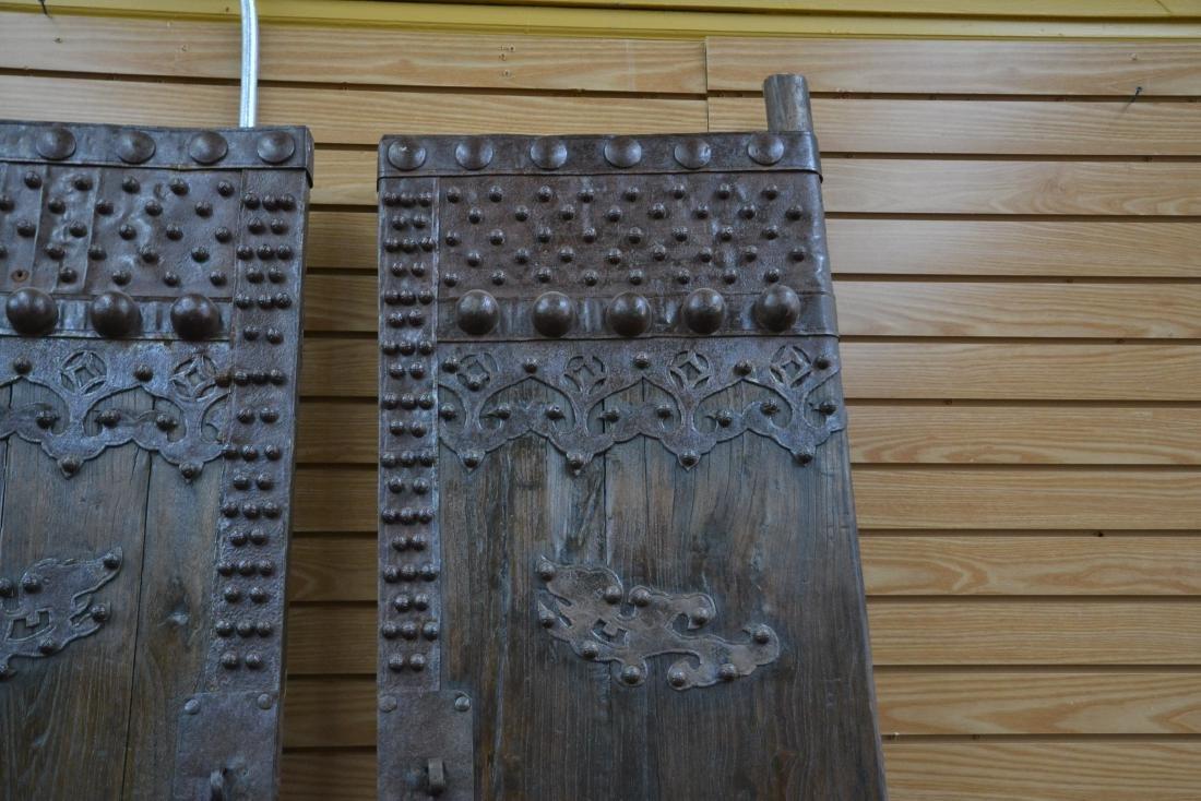 (Pr) LARGE WROUGHT IRON MOUNTED DOORS - 6