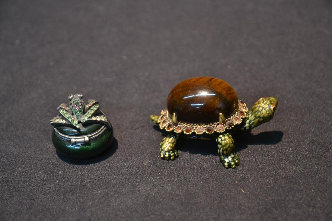 JAY STRONGWATER ENAMELED TURTLE & FROG BOXES - 5