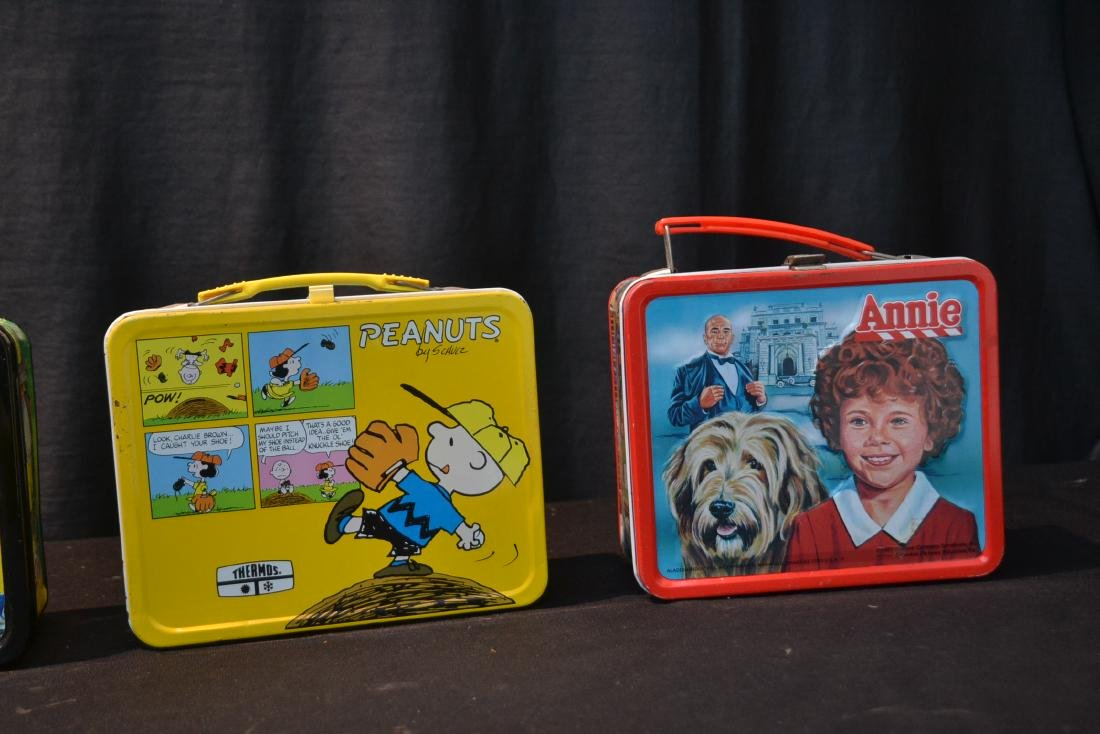 (4) VINTAGE TIN LITHOGRAPHED LUNCH BOXES - 3