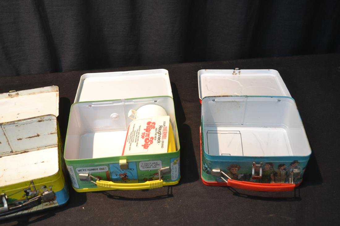 (4) VINTAGE TIN LITHOGRAPHED LUNCH BOXES - 9