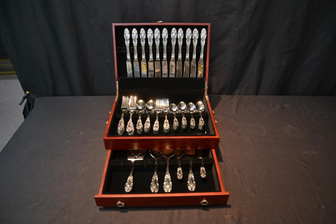 WALLACE STAINLESS STEEL FLATWARE SET FOR (12) - 2