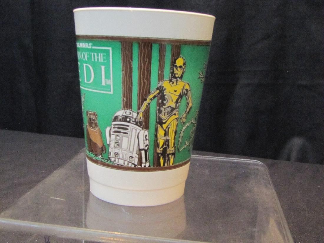 "(58) VINTAGE STAR WARS ""RETURN OF THE JEDI"" CUPS - 3"