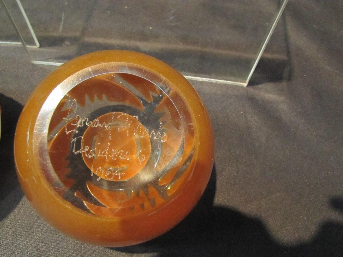 (2) LEONARD DINARDO , ART GLASS PAPERWEIGHTS - 3
