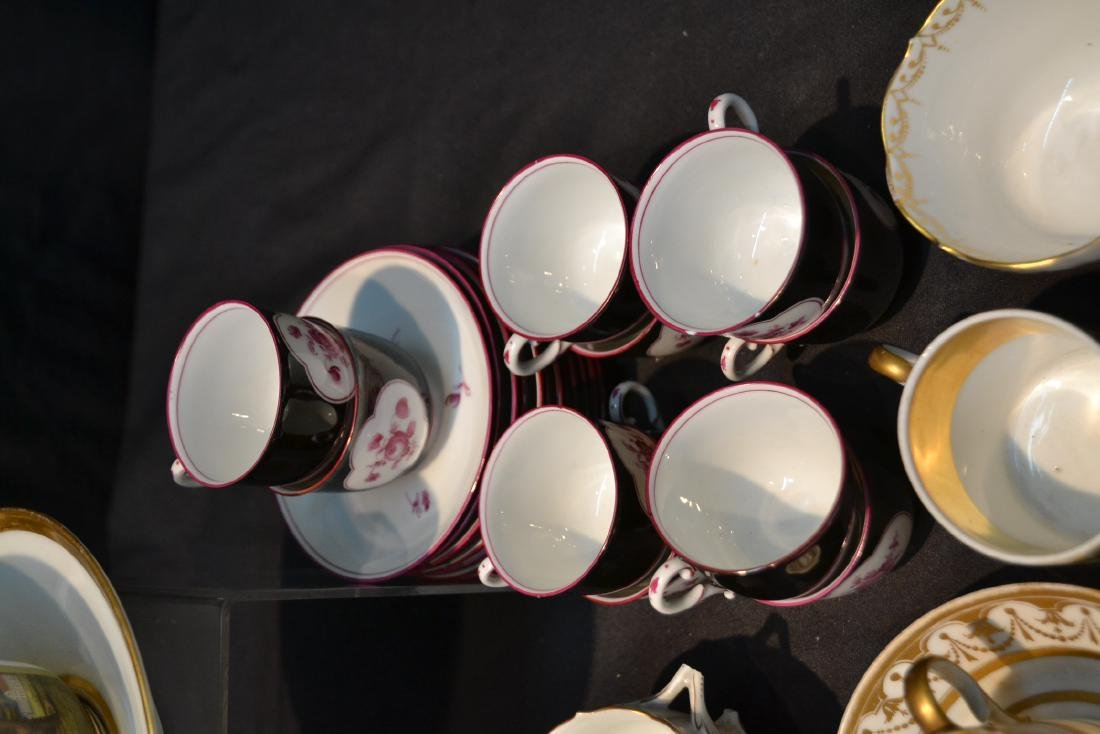 LARGE COLLECTION OF ASSORTED CUPS & SAUCERS - 8