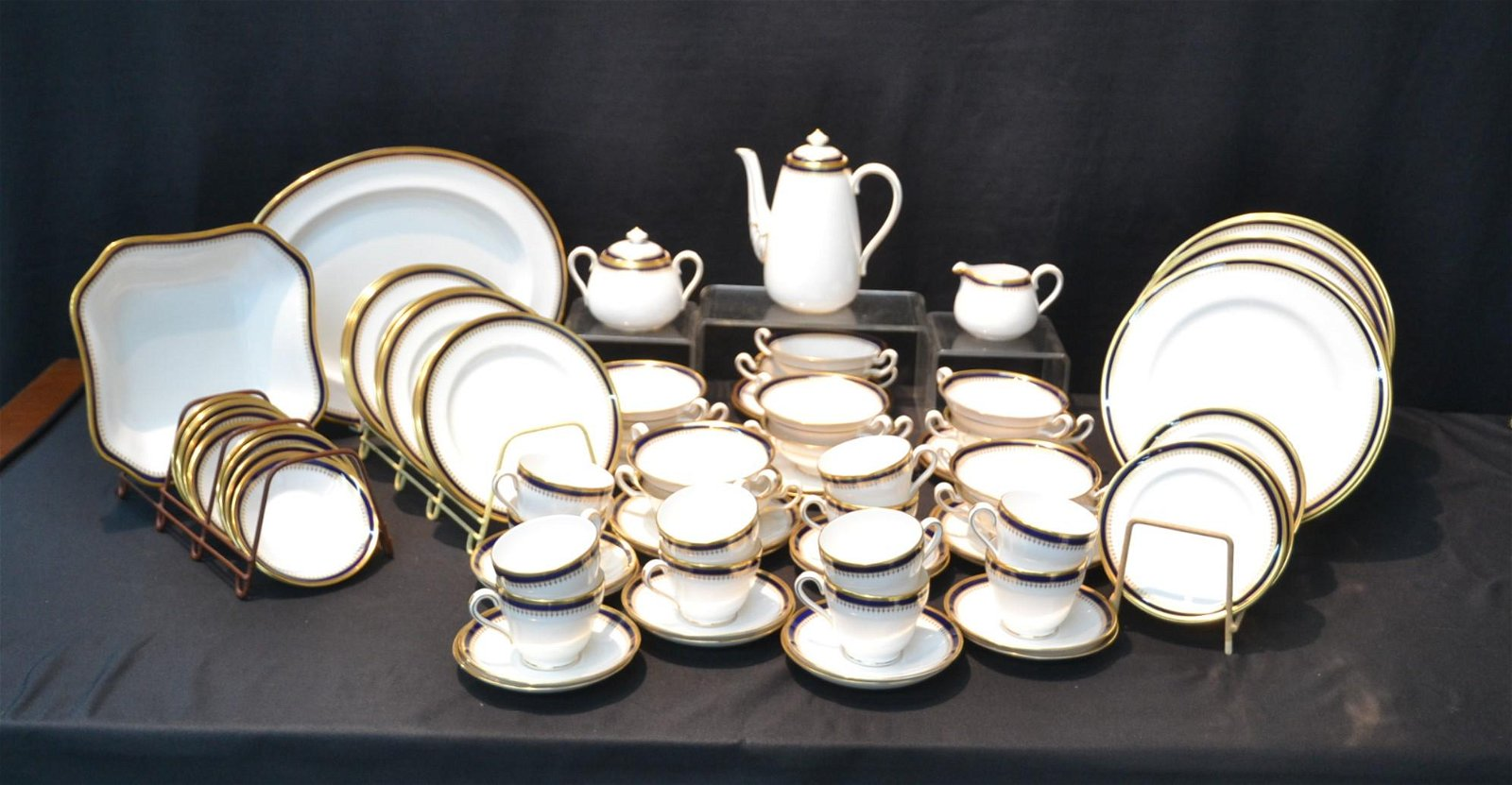 SPODE , ENGLAND FINE BONE CHINA DINNER SET WITH