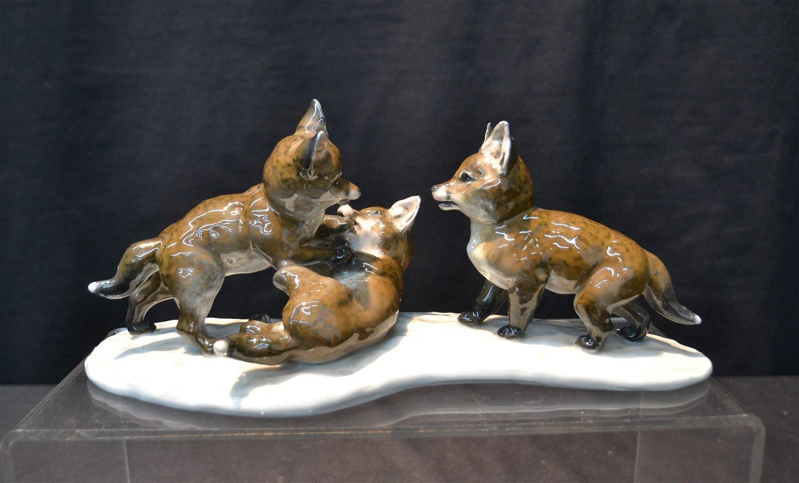 ROSENTHAL PORCELAIN FOX GROUPING
