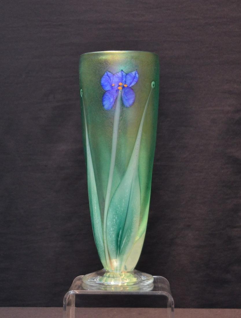 ROBERT HELD STUDIOS ART GLASS VASE WITH FLOWERS