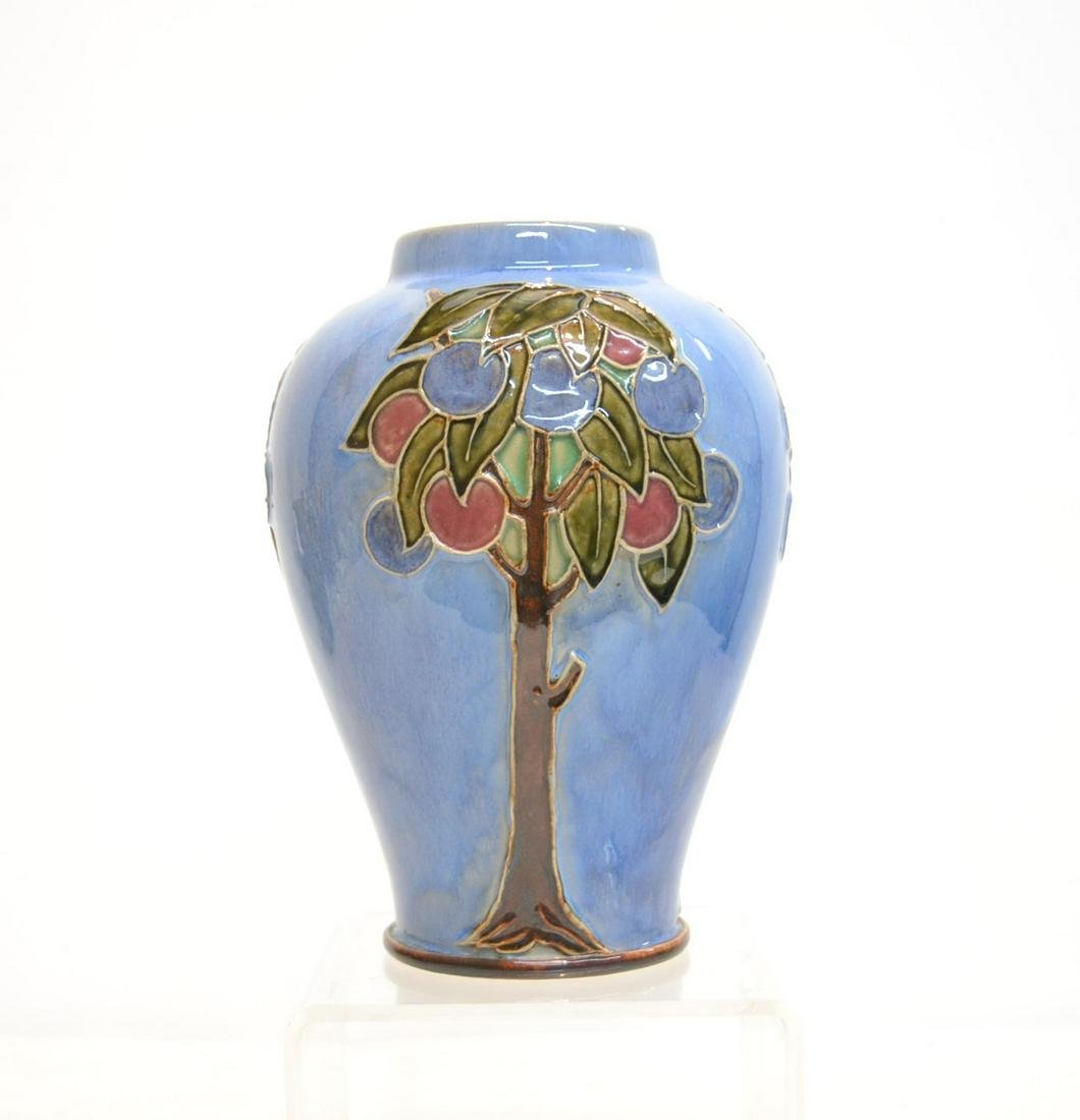 DOULTON LAMBETH FRUIT VASE