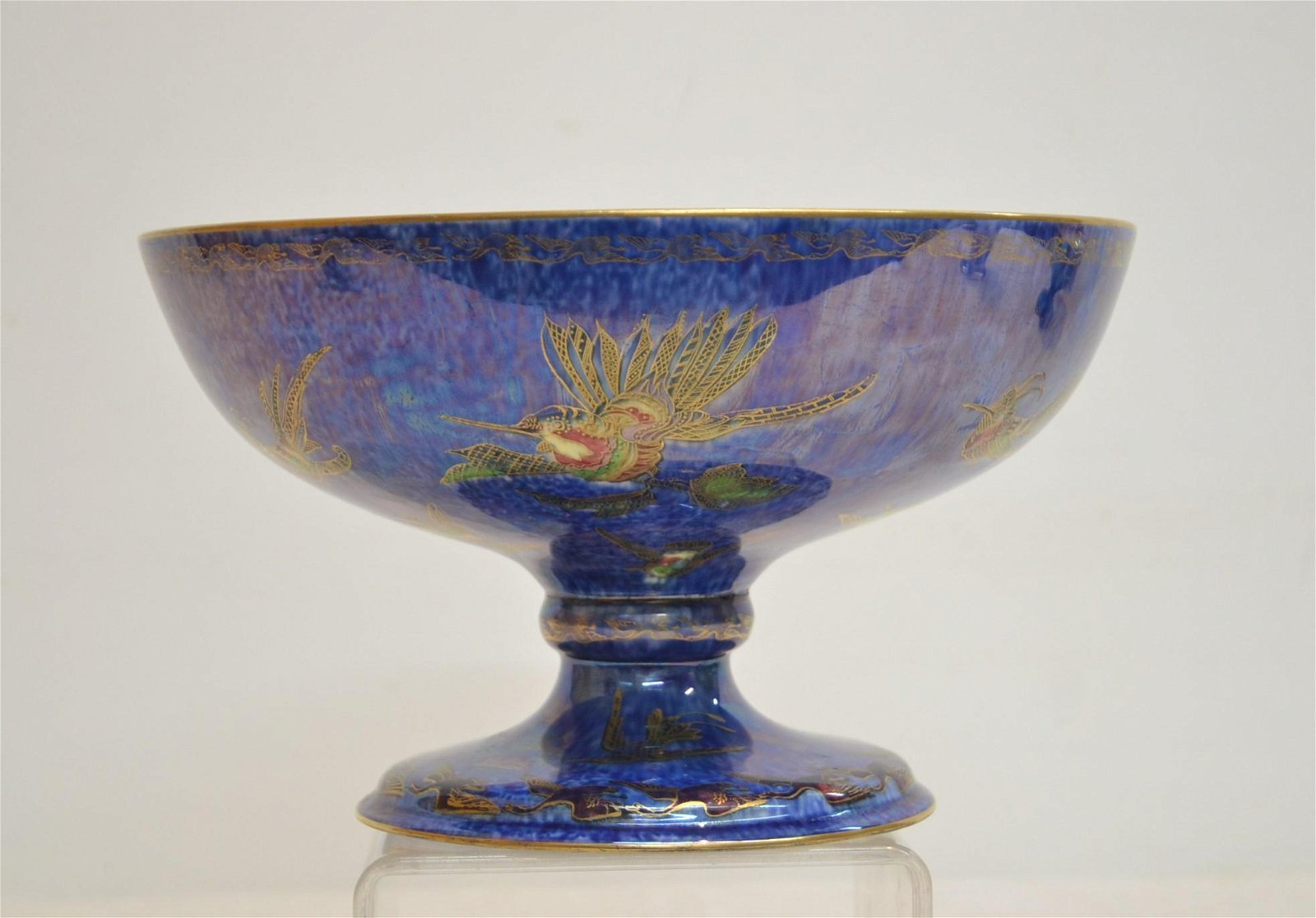 WEDGWOOD FAIRYLAND LUSTRE BOWL WITH BIRDS