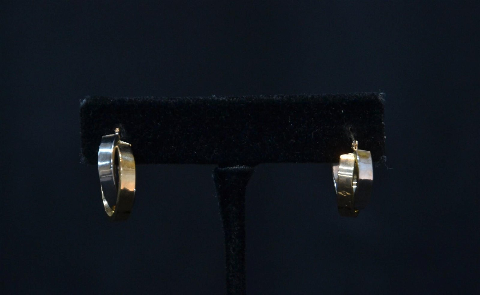 (Pr) 2-TONE 14kt GOLD EARRINGS - 1.8grams