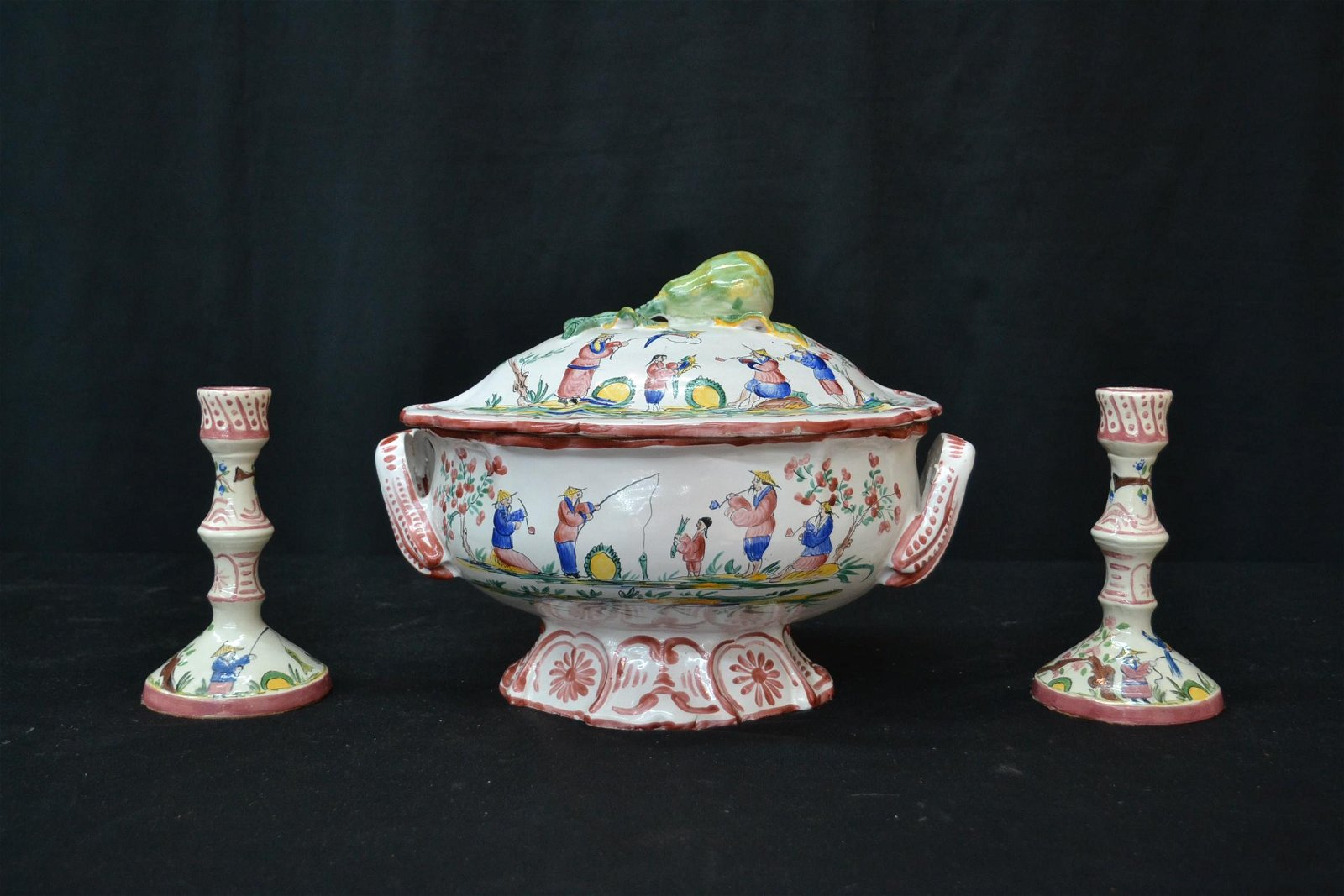 FAIENCE CHINOISERIE SOUP TUREEN & CANDLESTICKS