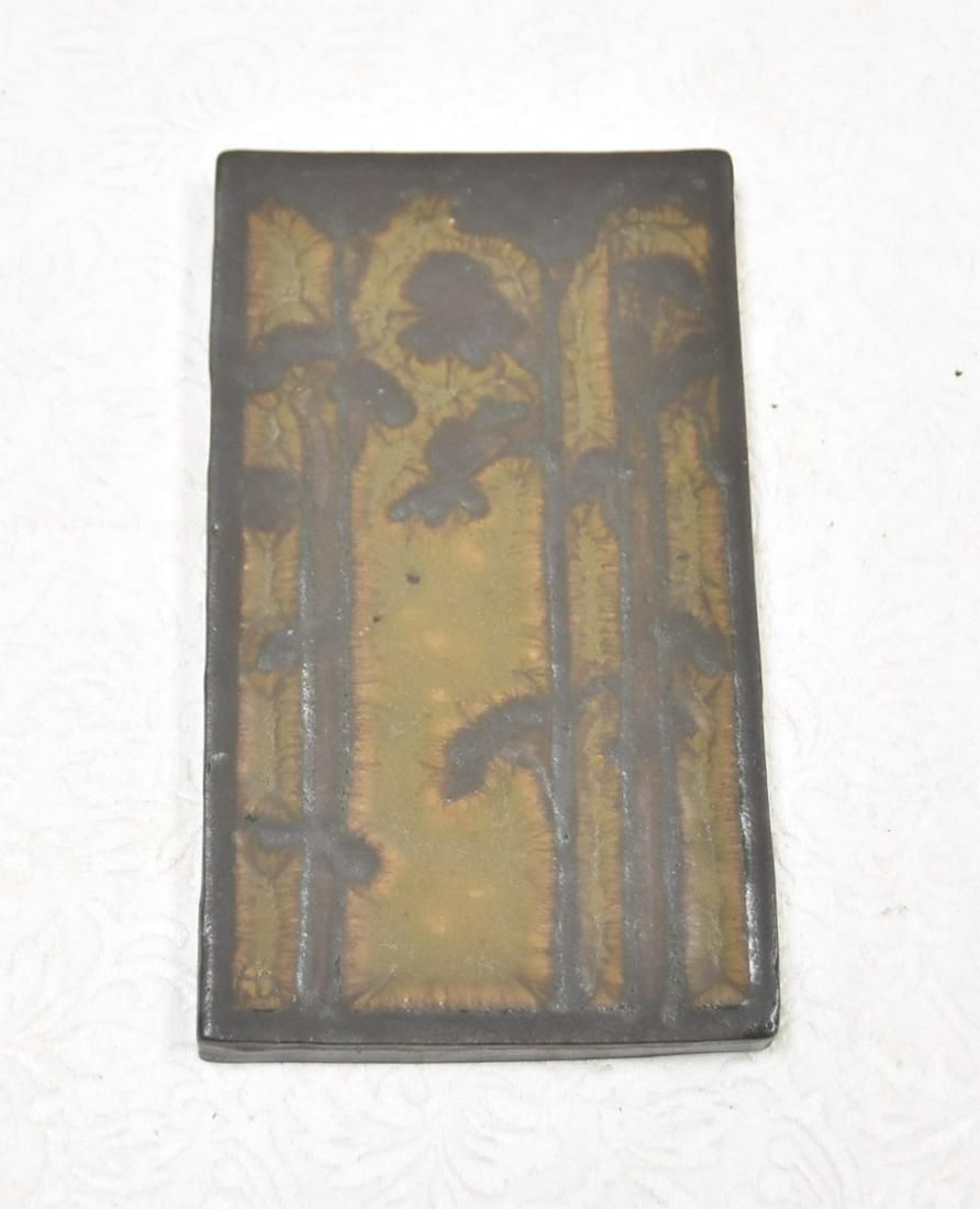 ATTRIBUTED TO MARBLEHEAD POTTERY TILE