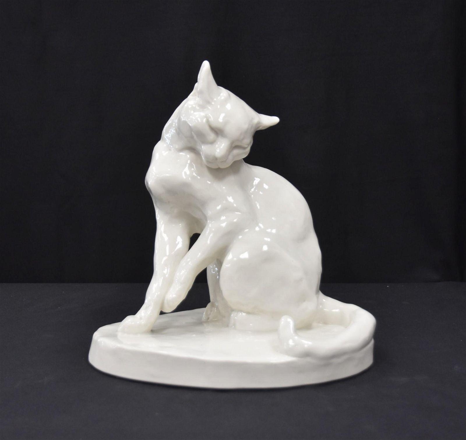 LARGE SCHAWRZBURGER PORCELAIN CAT FIGURE