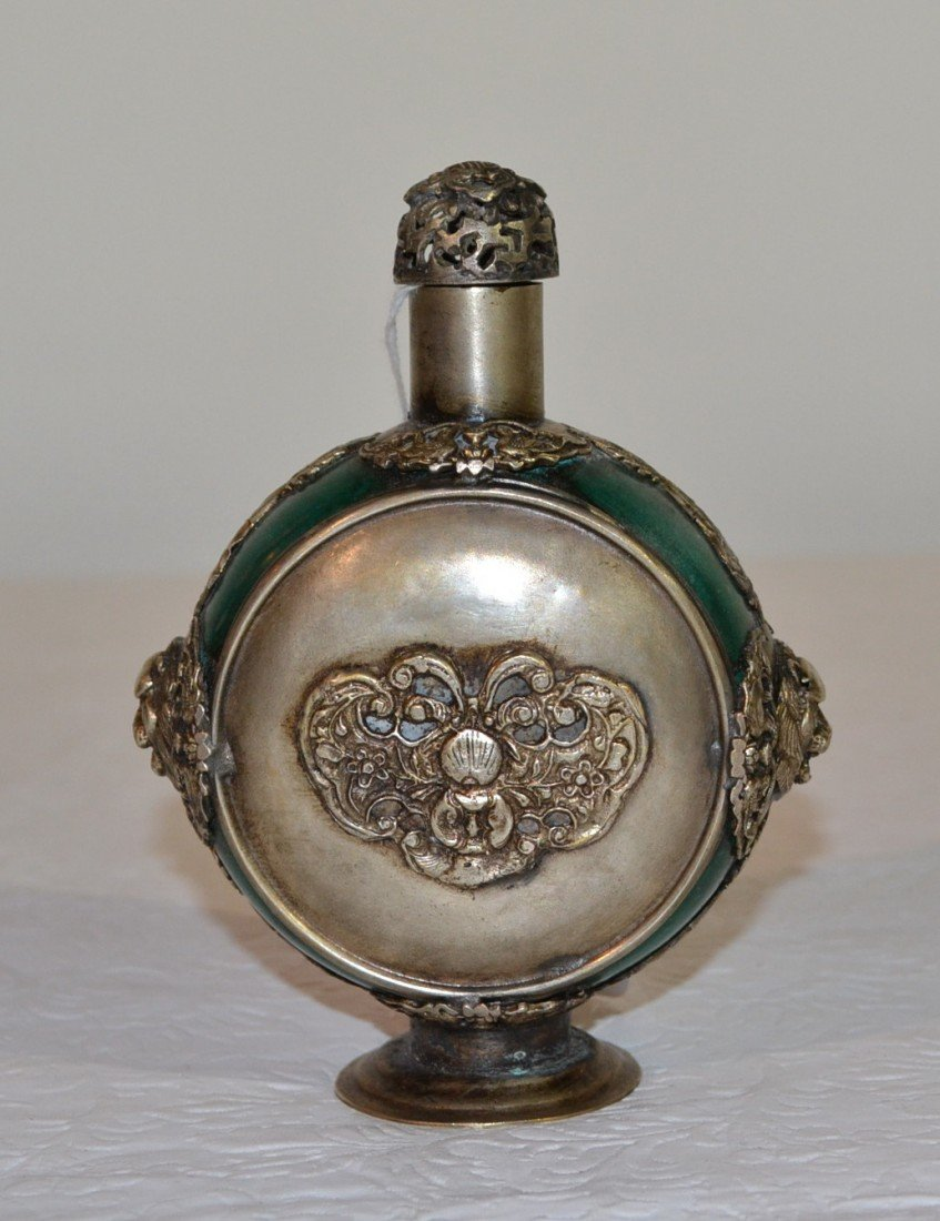 213: CHINESE SILVER & JADE SNUFF BOTTLE