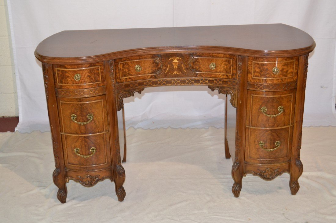 211: INLAID FRENCH KIDNEY SHAPE DESK