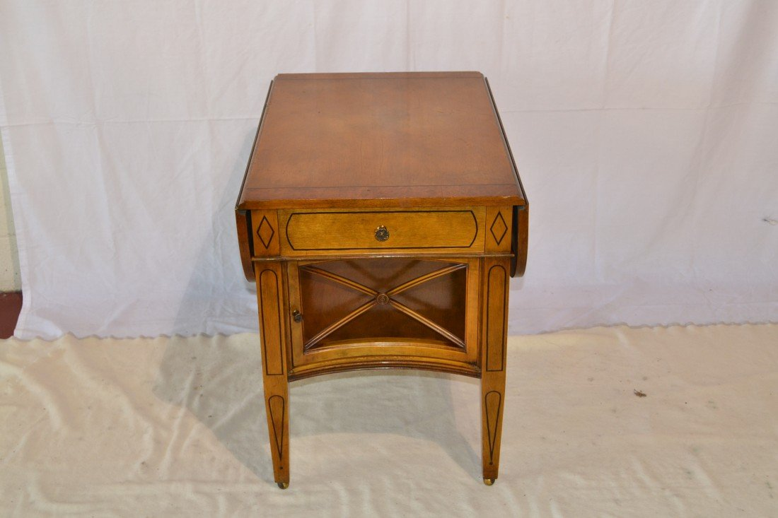 212: BANDED DROP LEAF SIDE TABLE WITH PENCIL INLAY